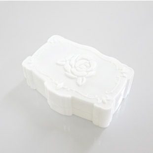 【レンズケース】 Annasui White Contact Lens Case / 1528